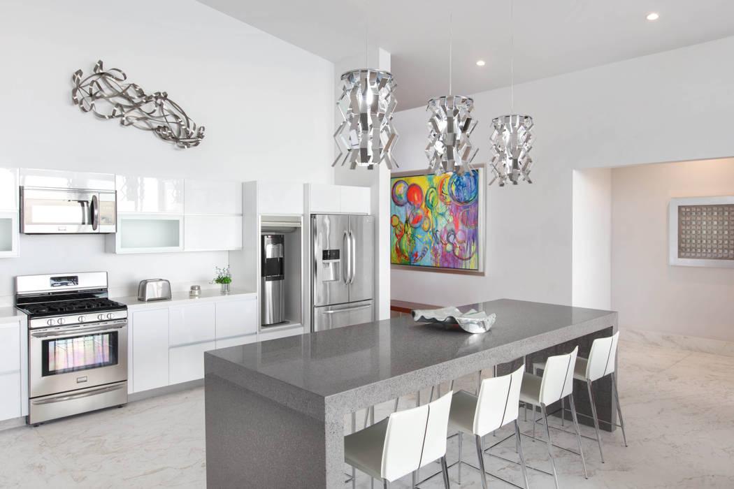 Кухня в стиле модерн от Imativa Arquitectos Модерн Камень