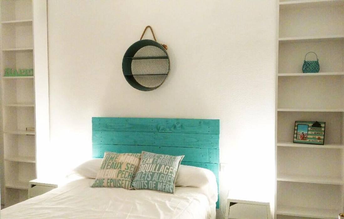 Dormitorios de estilo  por EnKaja,