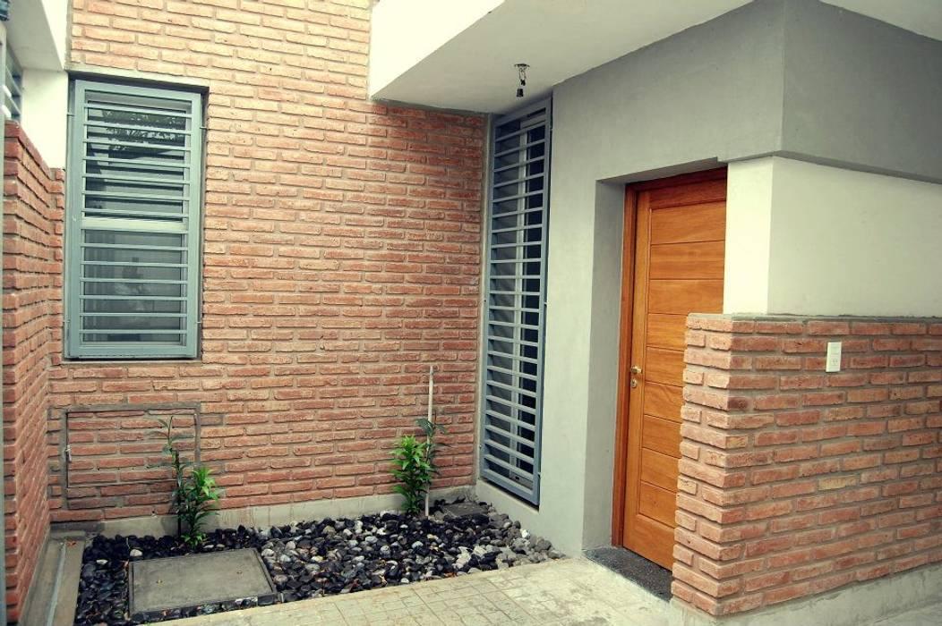 Modern Terrace by ELVARQUITECTOS Modern