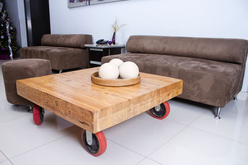 rustic  by Oscar Leon/ Arte Renovable & Muebles, Rustic Wood Wood effect