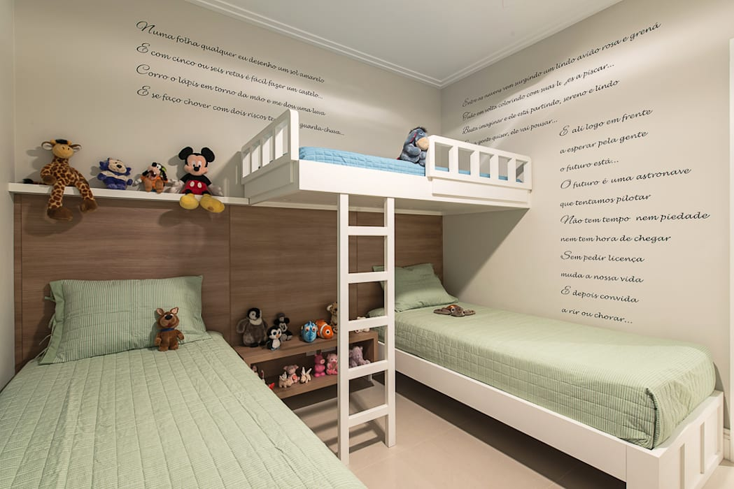 Dormitorios infantiles de estilo  de Locus Arquitetura,