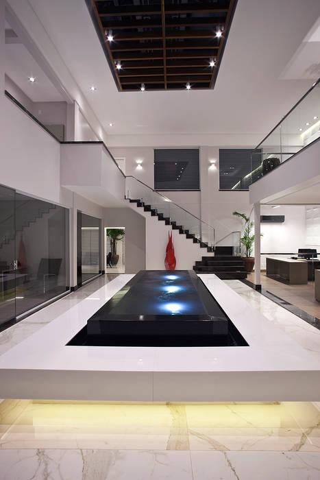 Modern office buildings by Mobile Arquitetura Modern