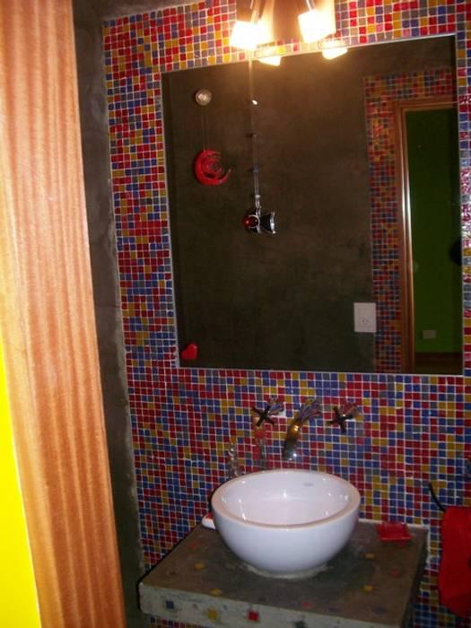 Reforma Casa en Caballito C.A.B.A: Baños de estilo  por AyC Arquitectura