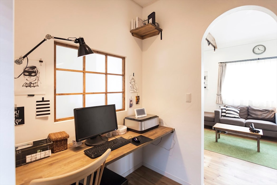 Phòng học/văn phòng phong cách Bắc Âu bởi ジャストの家 Bắc Âu