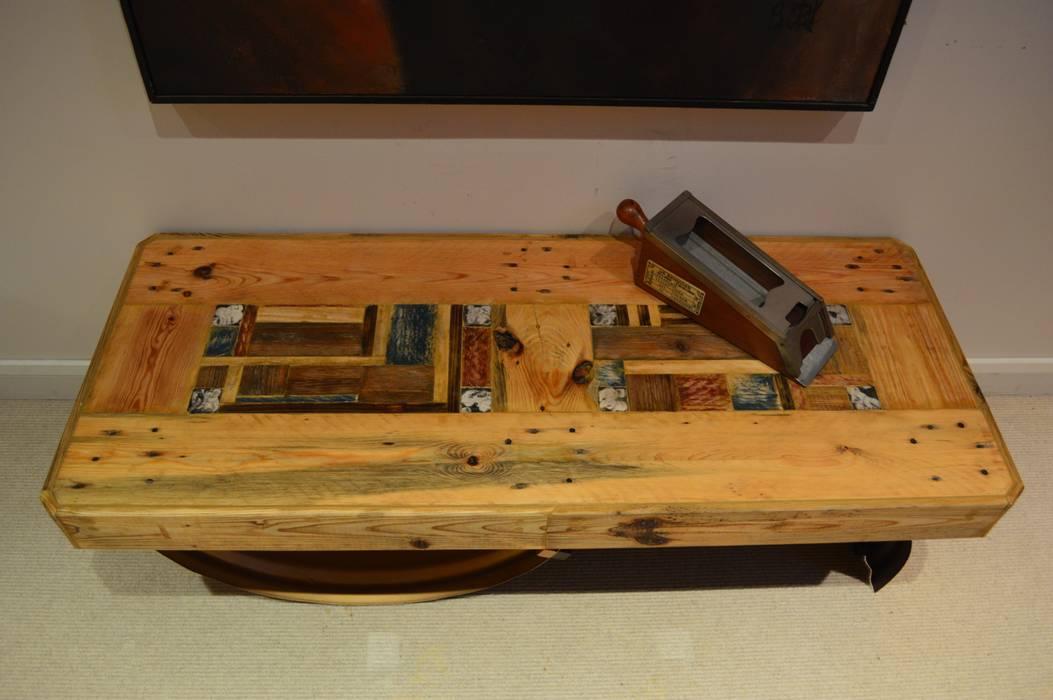 Table basse par CORES ART Éclectique Bois Effet bois