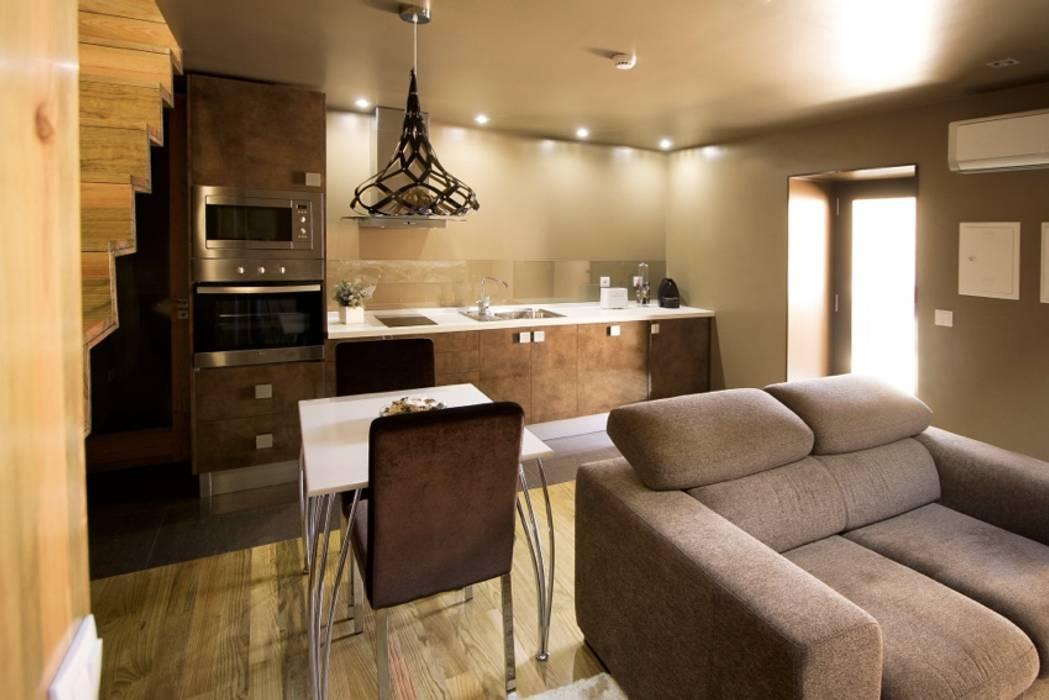 Kiko House RH Casas de Campo Design Moderne Esszimmer