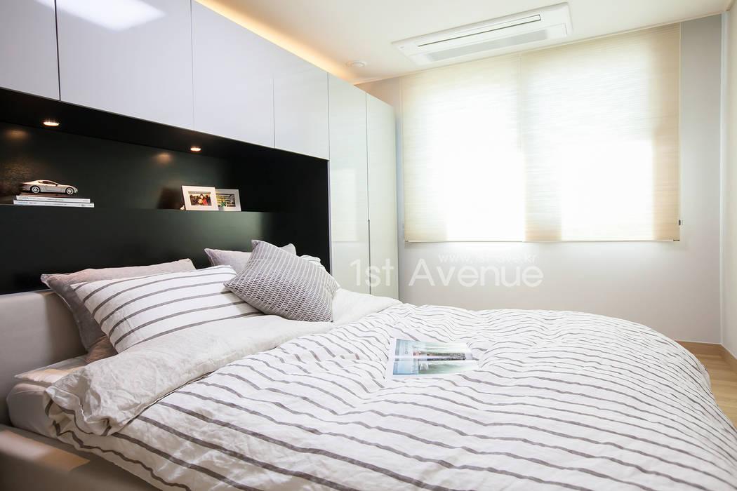 은은한 고급스러움을 표현한 녹번동 인테리어: 퍼스트애비뉴의  침실,