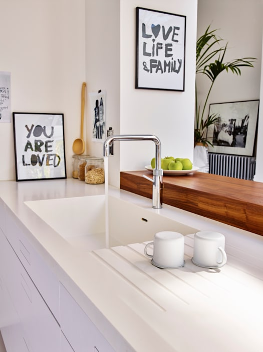Кухни в . Автор – Holloways of Ludlow Bespoke Kitchens & Cabinetry, Минимализм Дерево Эффект древесины