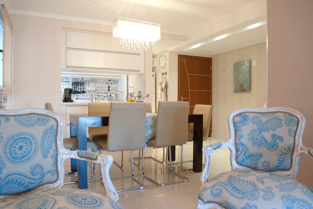 Invitados a la mesa...: Comedores de estilo  por Diseñadora Lucia Casanova