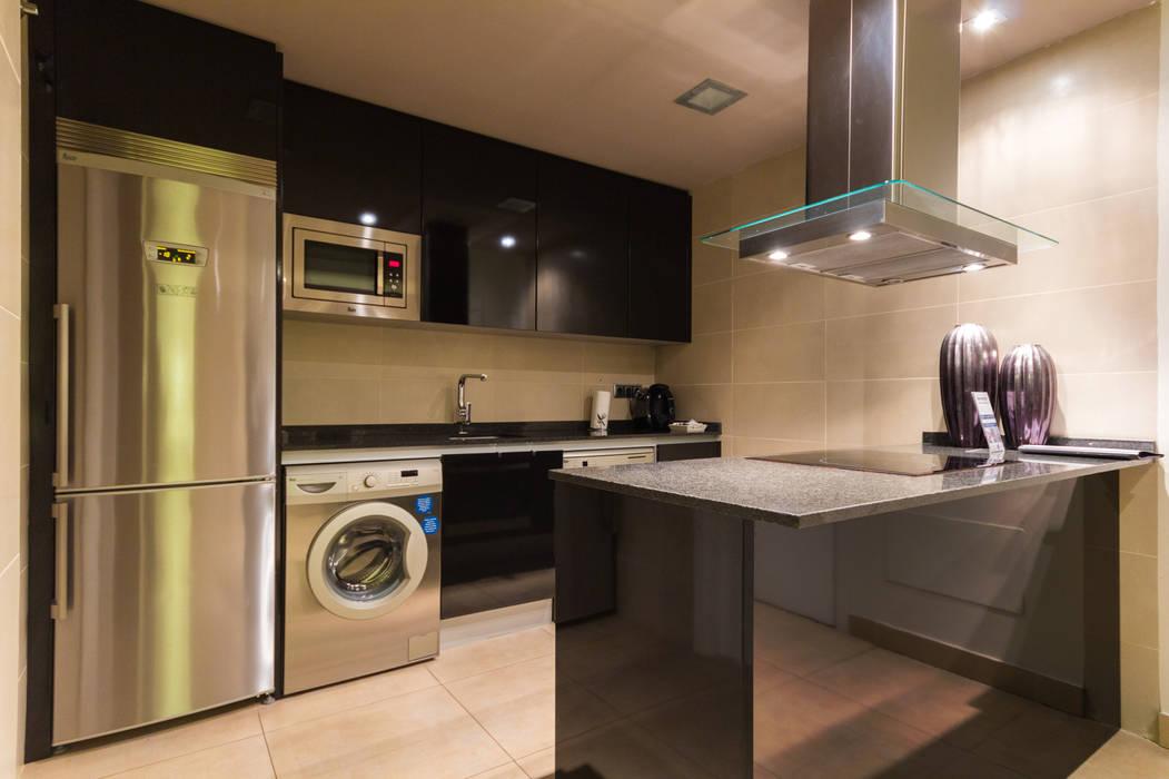 Madrid Casas (Madrid Homes) Alejandro León Photo Cocinas de estilo moderno