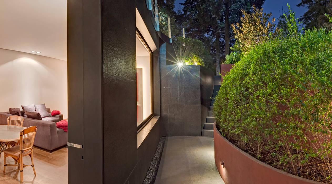 Tерраса в . Автор – Lopez Duplan Arquitectos, Модерн
