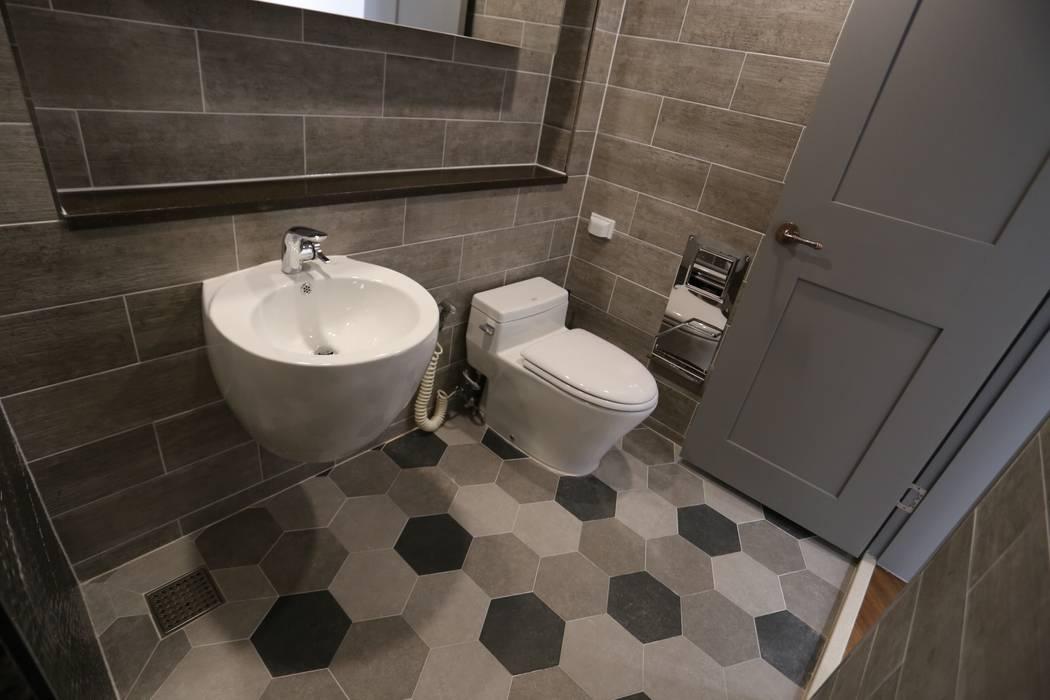 디자인세븐 Modern style bathrooms