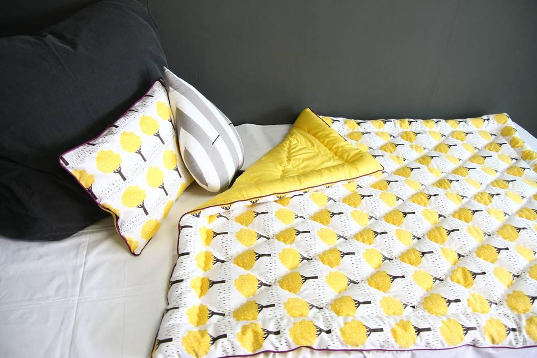tree quilt bedding: looms703의 스칸디나비아 사람 ,북유럽