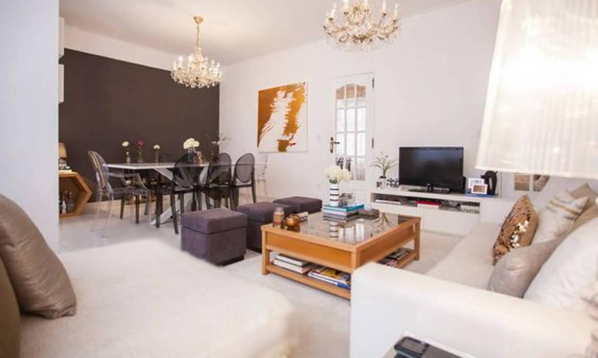 Apartamento Av. Novas Rita Salgueiro Salas de estar ecléticas