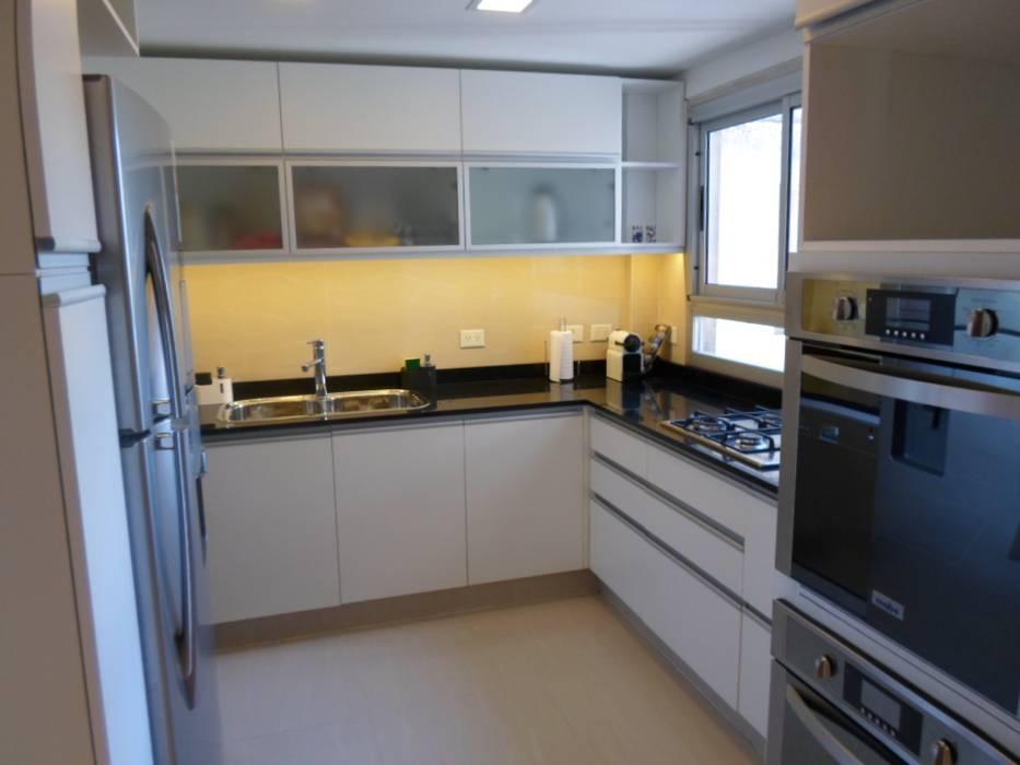 Cocina: Cocinas de estilo  por Estudio BASS Arquitectura