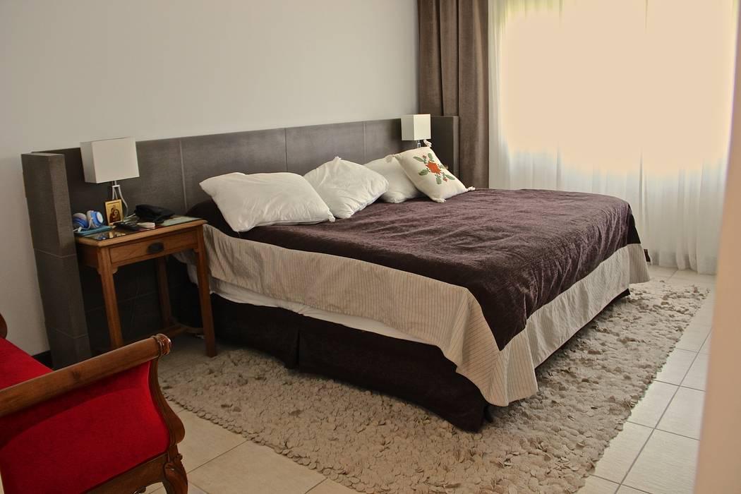 DORMITORIO PRINCIPAL 1 Dormitorios modernos: Ideas, imágenes y decoración de HOME UP Moderno