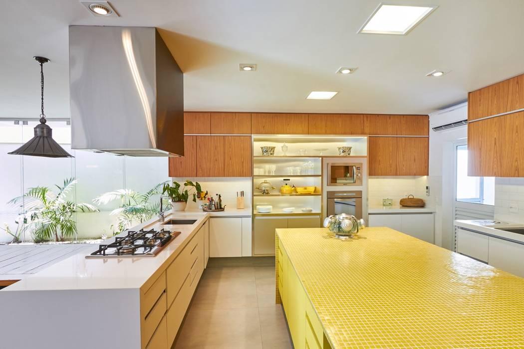 Cozinha Cozinhas modernas por Piloni Arquitetura Moderno