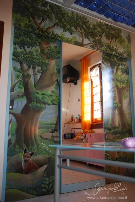Cameretta Il Bosco : Stanza dei bambini in stile in stile Moderno di Ghirigori Lab di Arianna Colombo