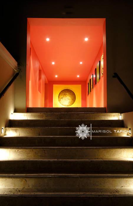 HOTEL NH EL EDEN PUNTA CANA por Marisol Tafich: Hoteles de estilo  por Marisol Tafich