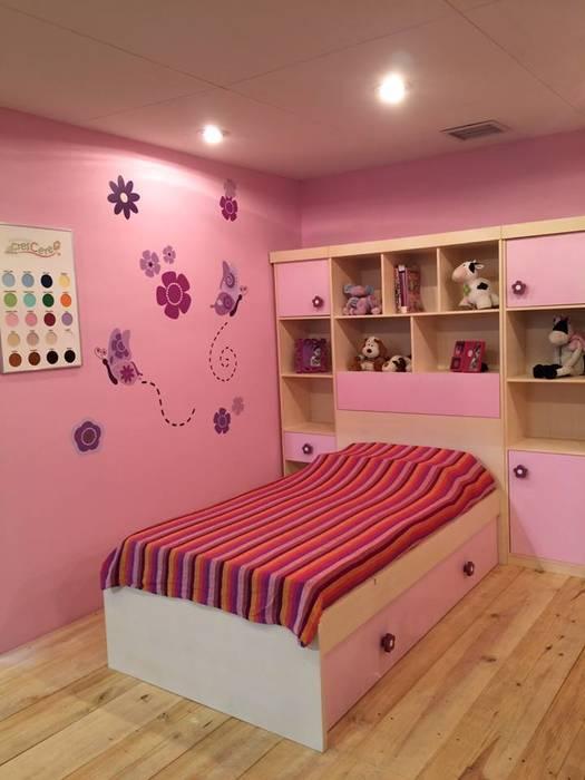 Dormitorios para niños: Cuartos infantiles de estilo  por crescere, Clásico