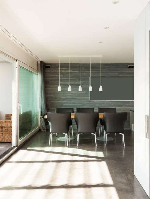 Salle à manger Salle à manger moderne par Deco-Daix Moderne Bois massif Multicolore