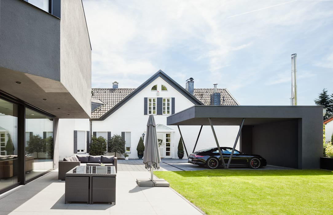 Garagens e arrecadações modernas por ZHAC / Zweering Helmus Architektur+Consulting Moderno Ferro/Aço