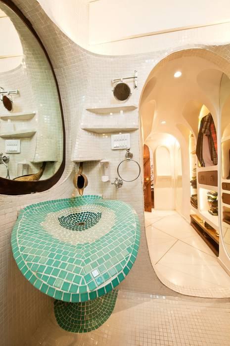 Bathroom basin, spout:  Bathroom by The White Room