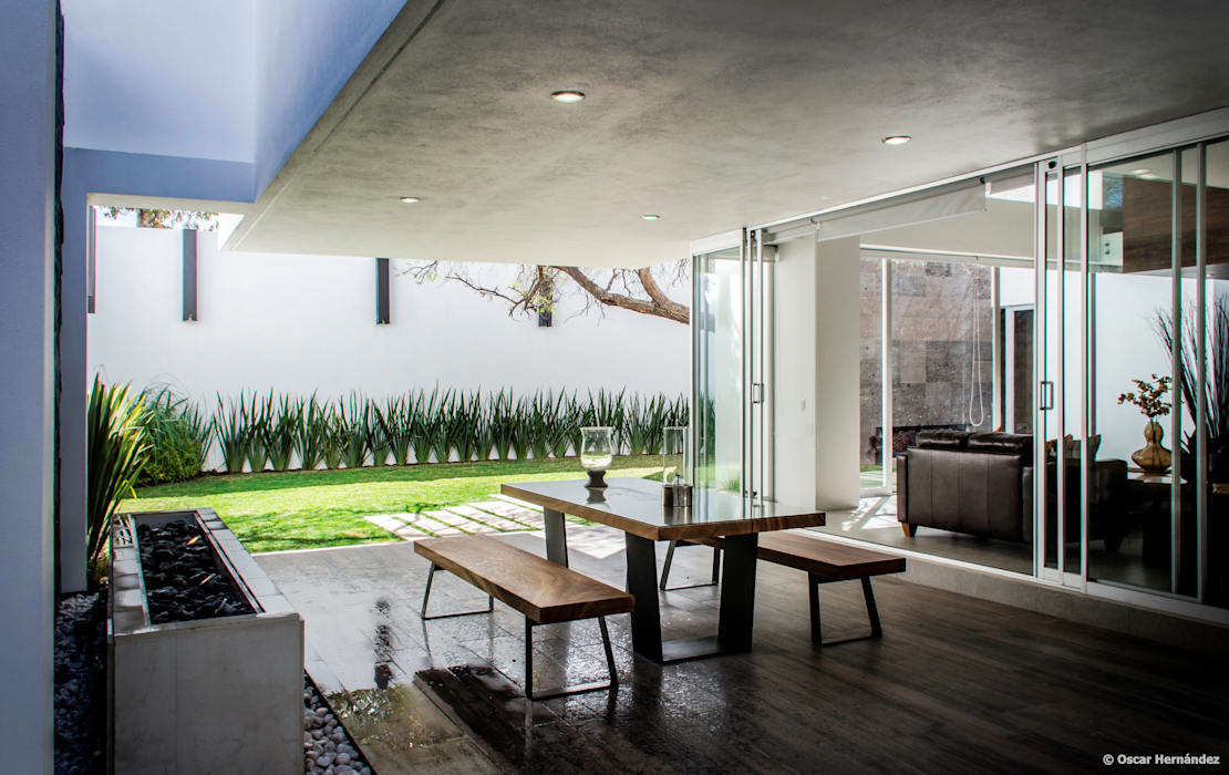 Terrace by BAG arquitectura, Modern Ceramic