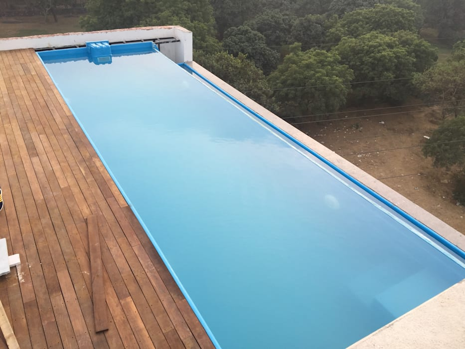 infinity roof top swimming pool:  Terrace by arrdevpools