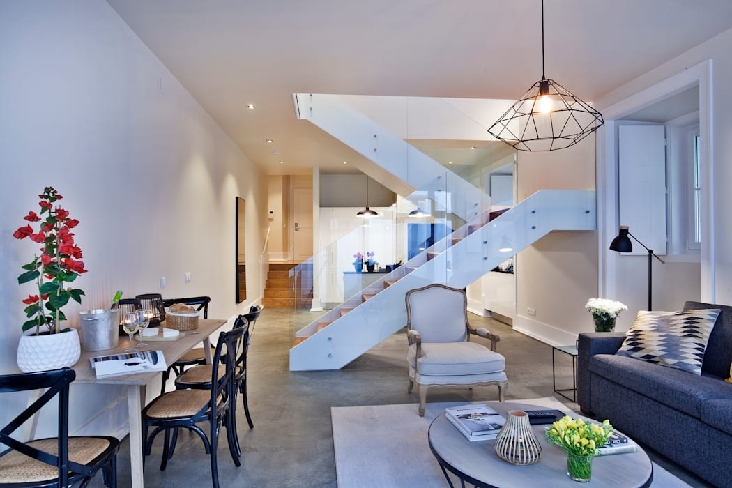 Столовая комната в . Автор – Pureza Magalhães, Arquitectura e Design de Interiores,