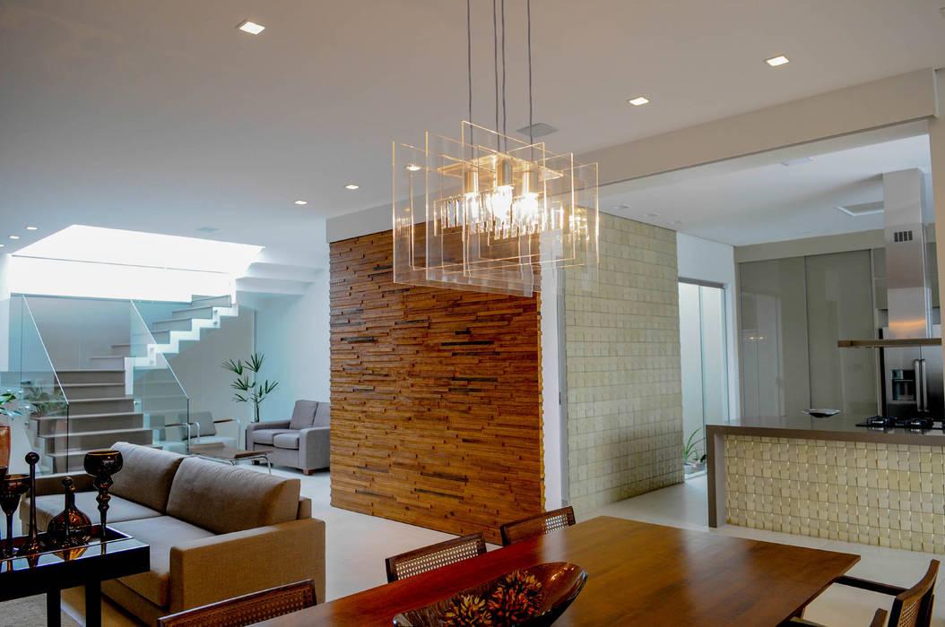 Residência AVS: Salas de jantar  por A/ZERO Arquitetura,Moderno