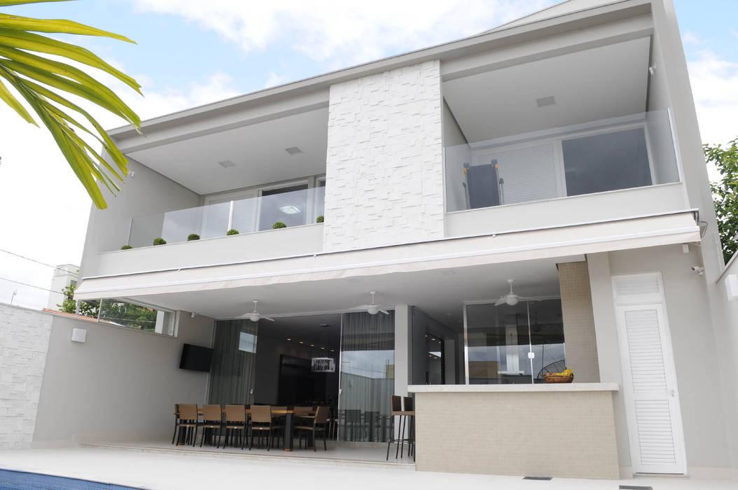 Residência AVS Varandas, alpendres e terraços modernos por A/ZERO Arquitetura Moderno