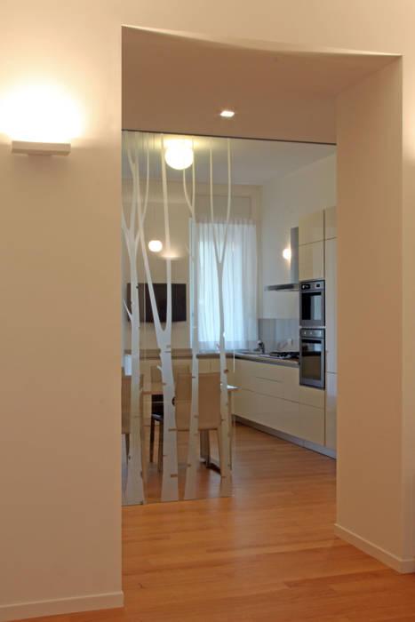 cucina: Ingresso & Corridoio in stile  di T+T ARCHITETTURA