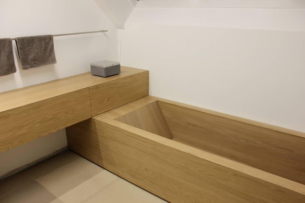Bad, badewanne eiche moderne badezimmer von schreinerei ...