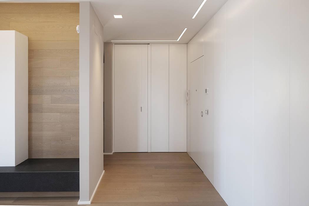 Koridor & Tangga Modern Oleh Luca Mancini | Architetto Modern