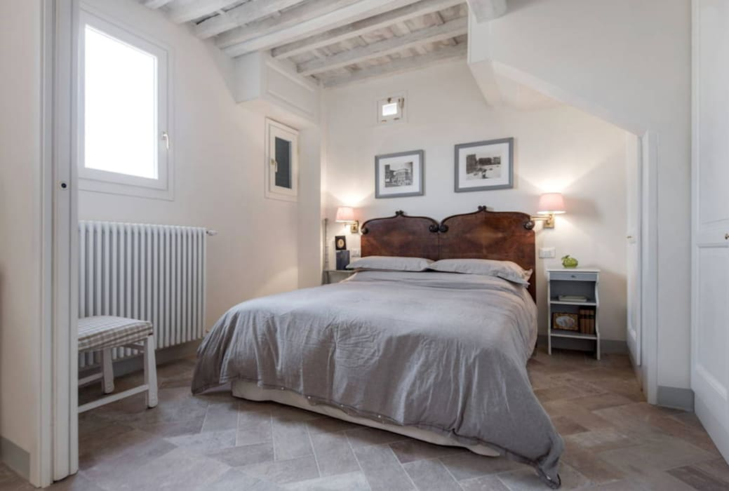 Rustic style bedroom by STUDIO ARCHIFIRENZE Rustic