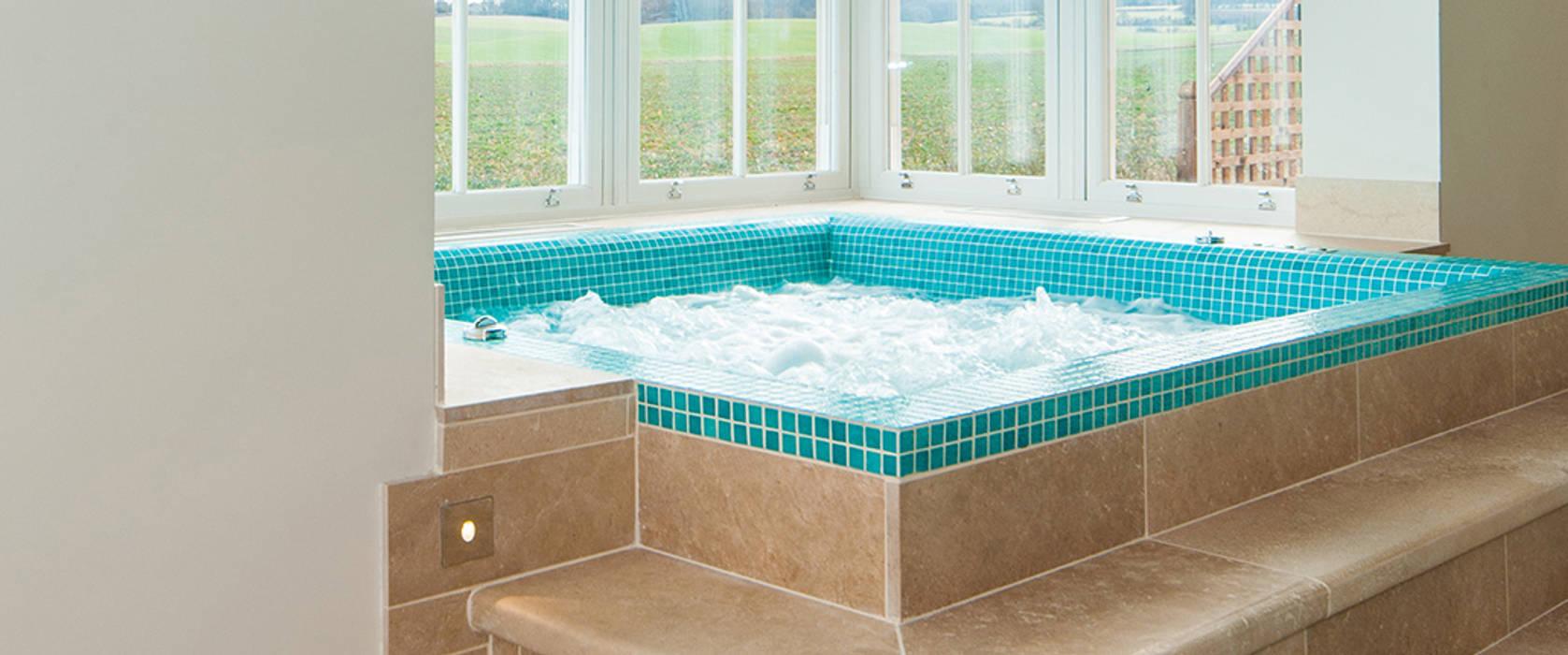 Hot Tub:  Spa by Aqua Platinum Projects