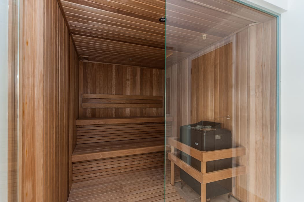 Sauna:  Spa by Aqua Platinum Projects