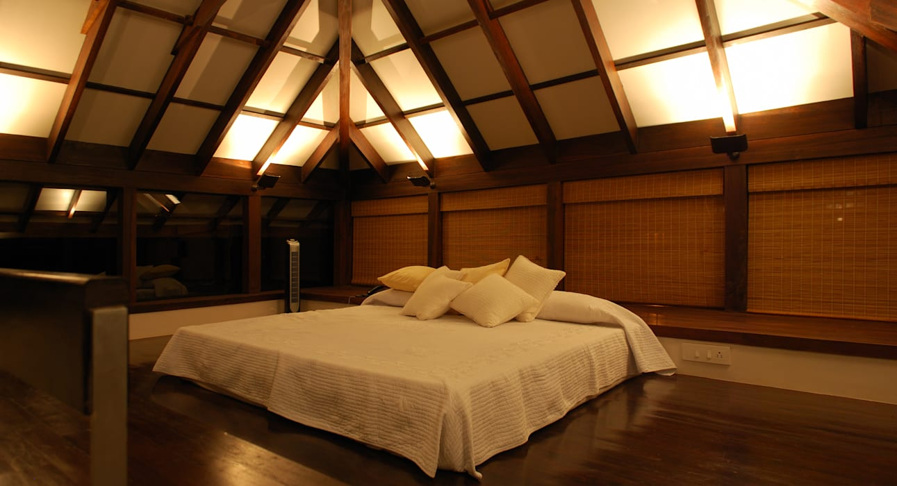 Loft: minimalistic Bedroom by GDKdesigns