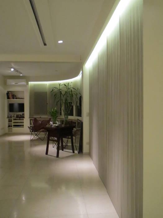 Living Salas de estilo moderno de Estudio de iluminación Giuliana Nieva Moderno