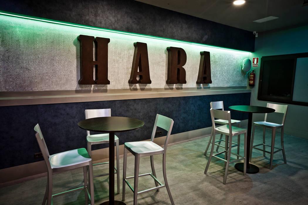 Pedini·madrid La Credenza Estudio : Bar local publico salones de estilo pedini madrid · la