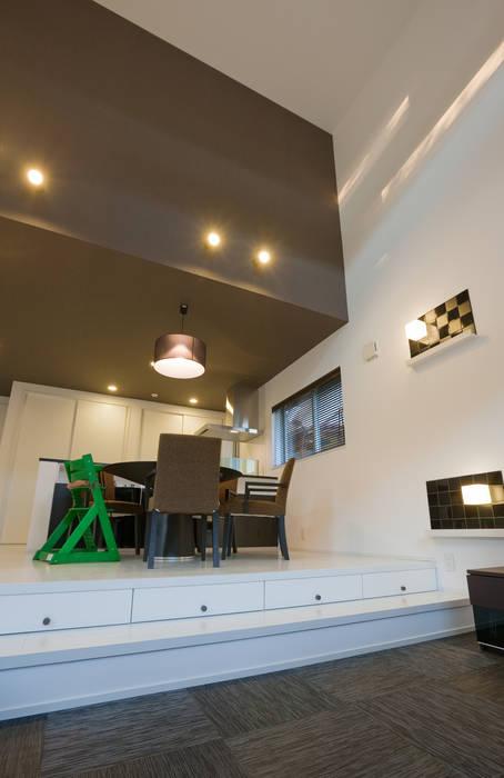 de i.u.建築企画 Moderno Azulejos