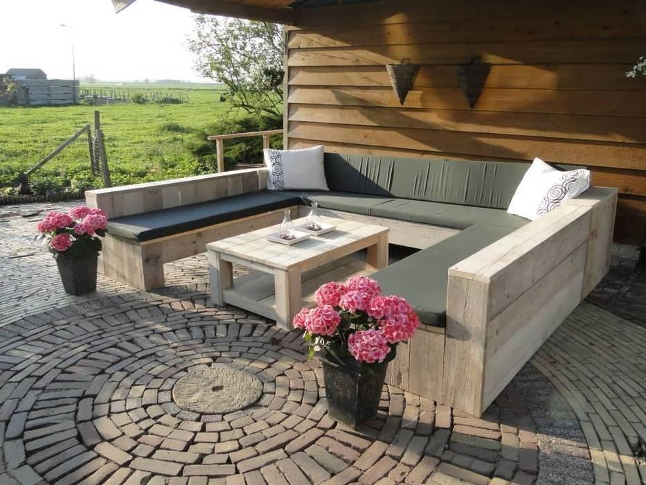 U-Loungebank aus Bauholz: modern  von Exklusiv Dutch Design,Modern