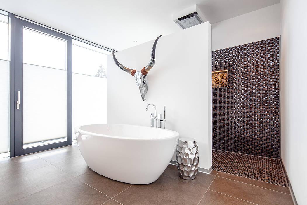 Herzog-Architektur Modern bathroom