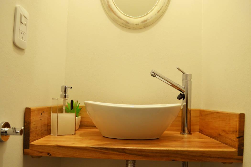Baños de estilo  de estudio mam3 arquitectos