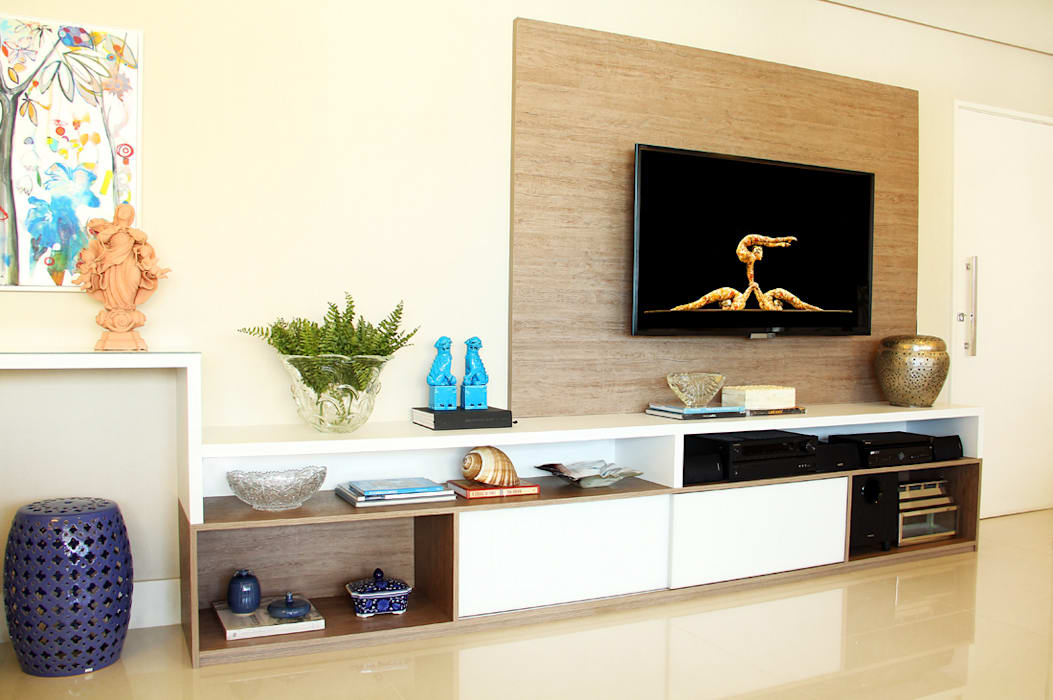 Ruang Keluarga Gaya Eklektik Oleh Mally Arquitetura Eklektik