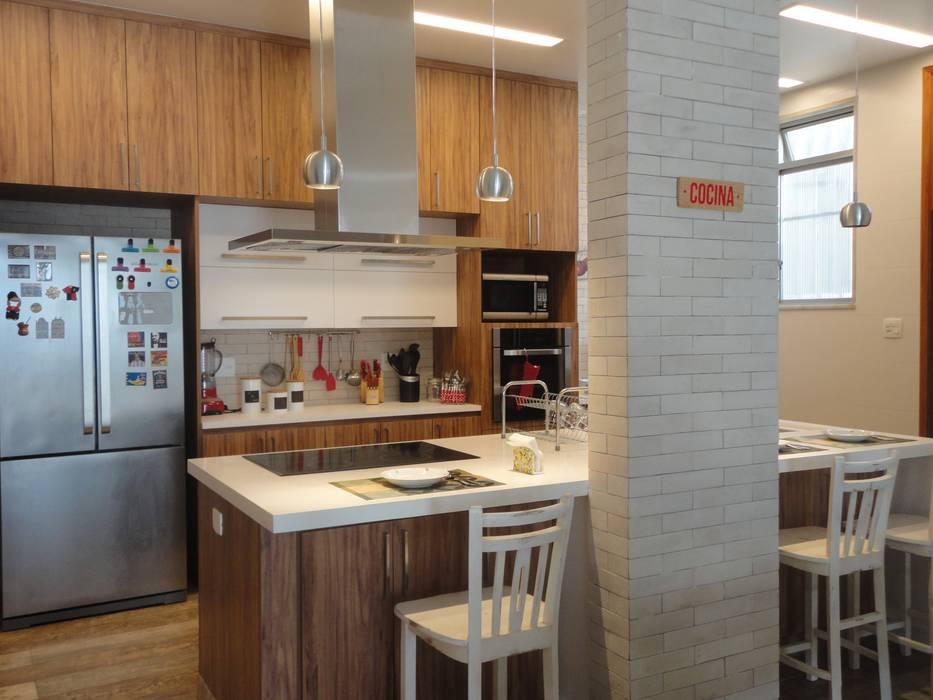 Dapur Gaya Rustic Oleh homify Rustic