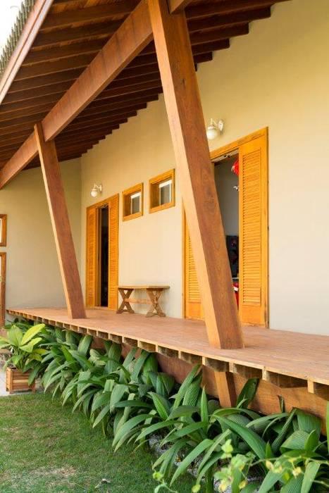 by Flavio Vila Nova Arquitetura Country Wood Wood effect