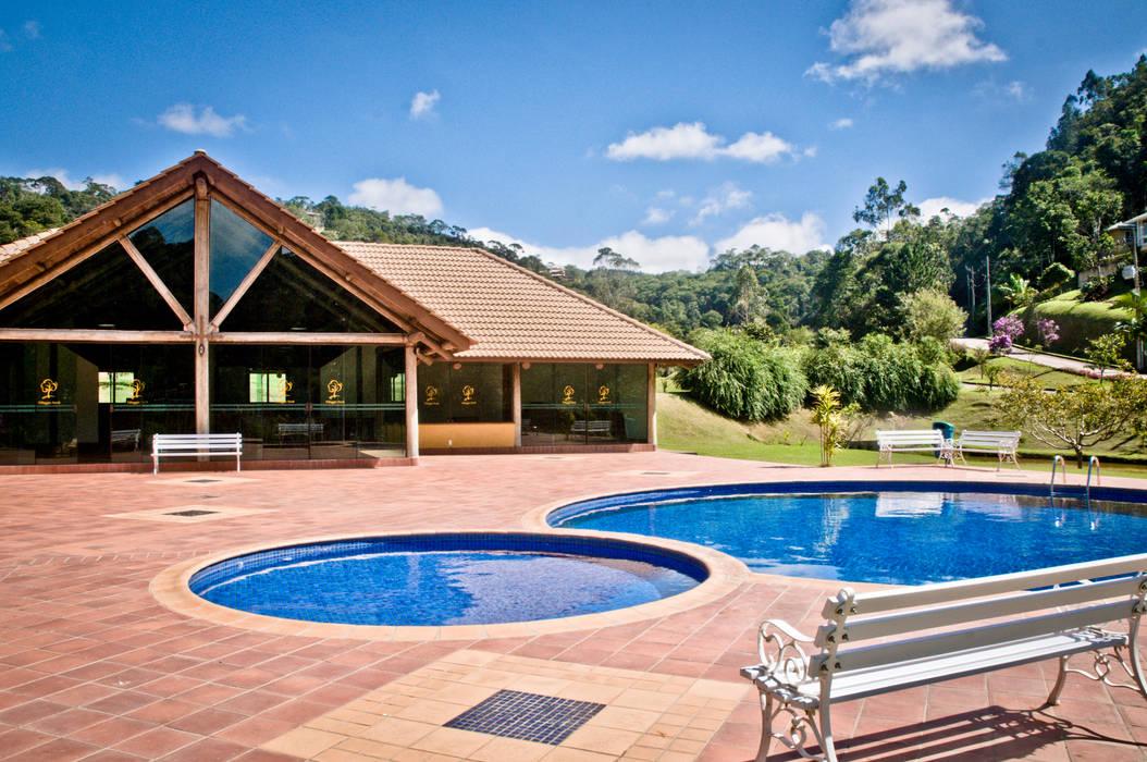 Carlos Eduardo de Lacerda Arquitetura e Planejamento Pool