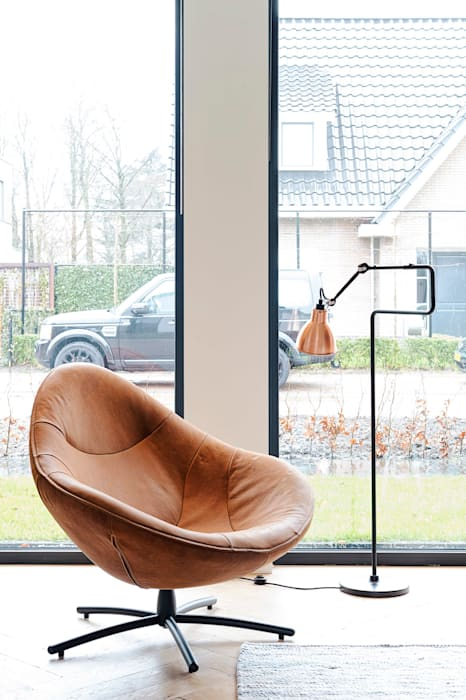 Jolanda Knook interieurvormgeving Soggiorno in stile scandinavo